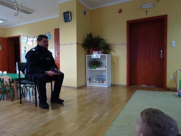 Bezpieczne ferie - spotkanie z policjantem