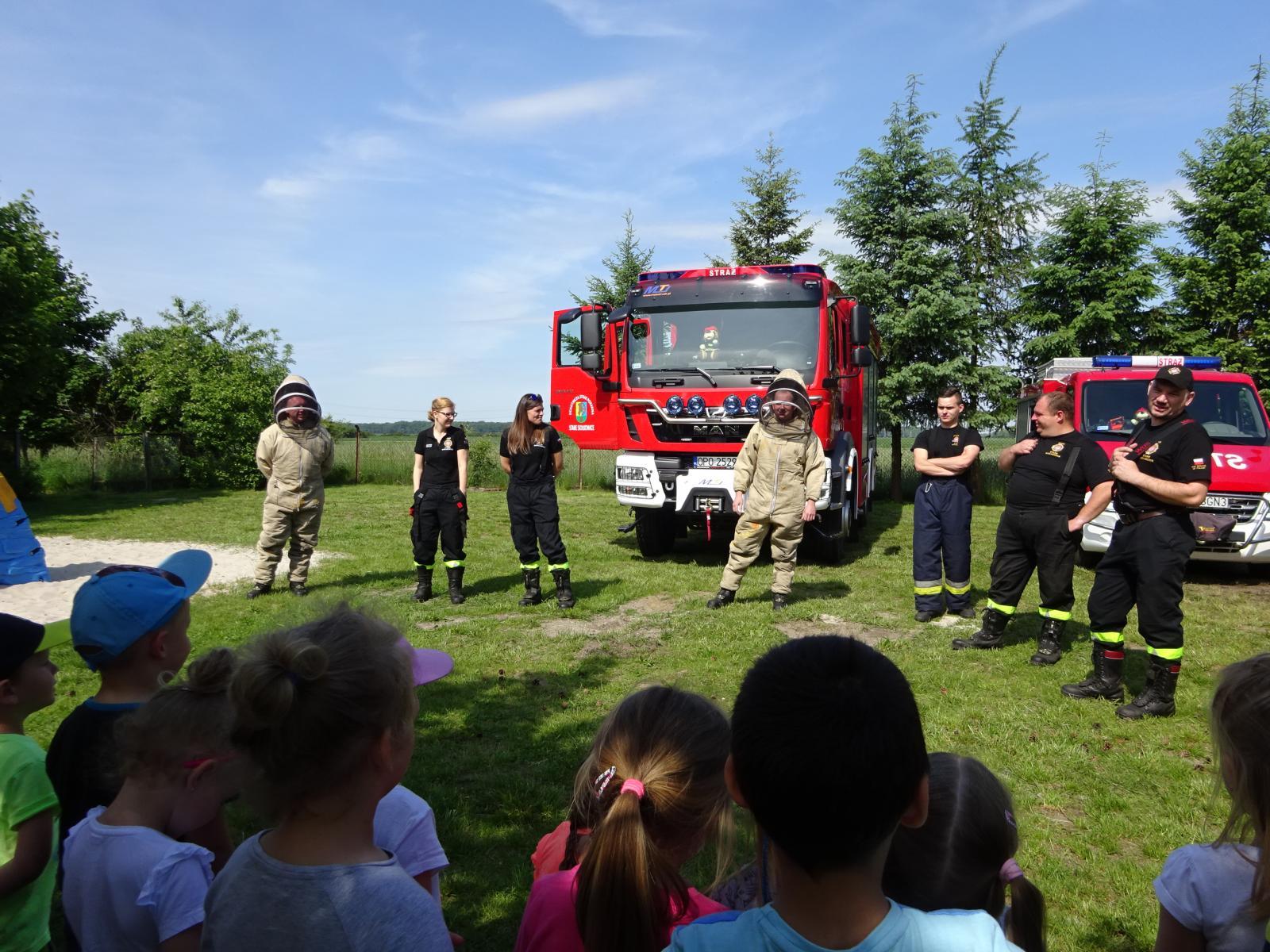 Strażacy z OSP Stare Siołkowice odwiedzili nasze przedszkole